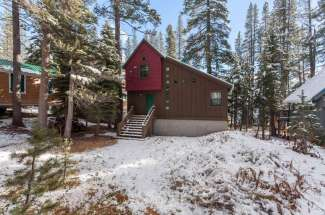 Dahlin Lakefront Home