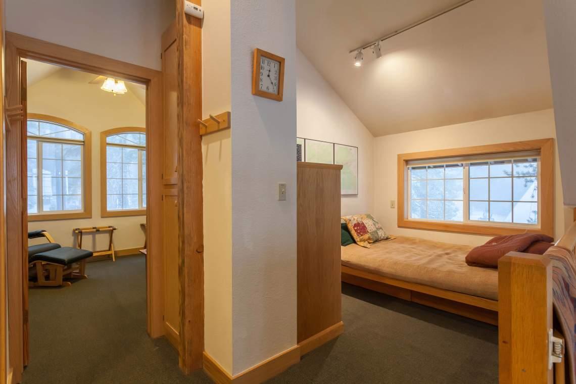 Loft futon