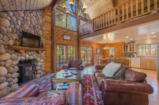 Hillside Creek Cabin